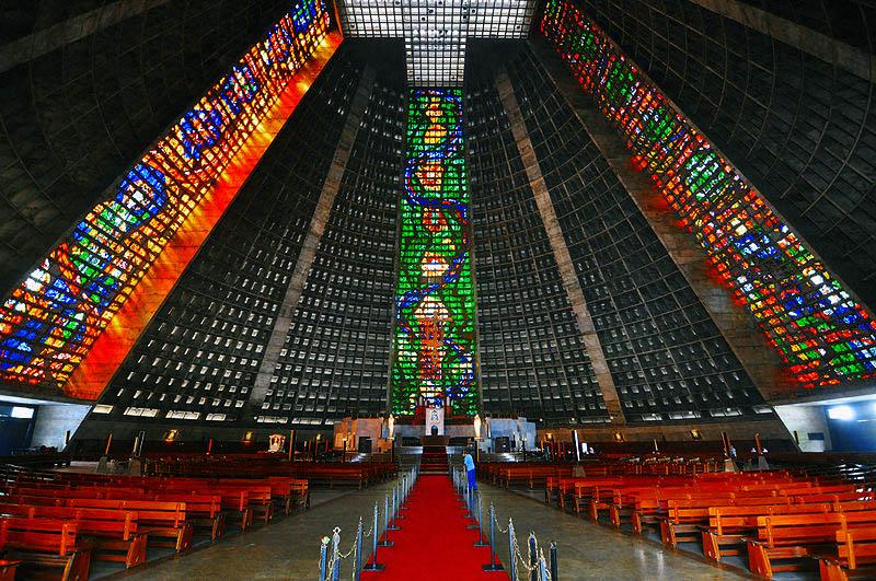 Бразилиа. Собор Святого Себастьяна.