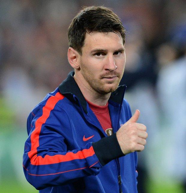 «Король «Испании , футбольный волшебник — футболист Лионель  Месси.