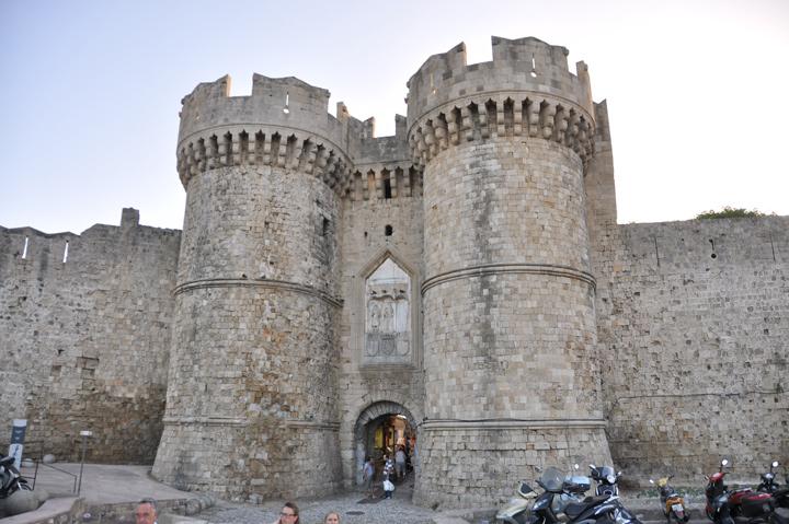 676 Греция. Родосская крепость