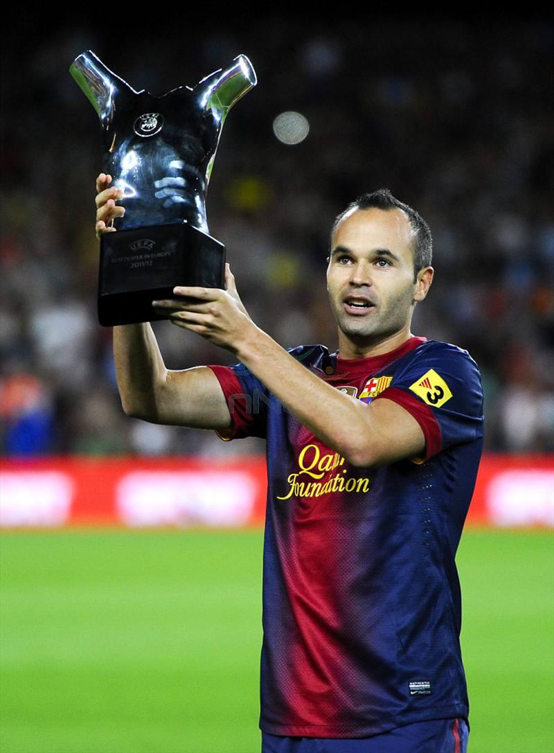 Футболист Андрес Иниеста. Скромный полузащитник с мировым титулом.