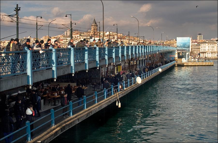 Турция. Галатский мост.