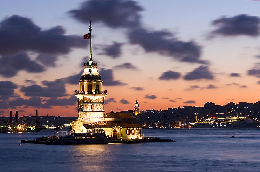 Турция. Девичья башня.