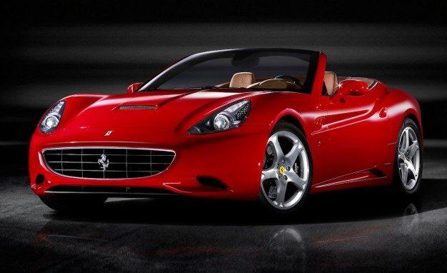 Женевское автошоу. Новые споротивные авто  Alfa Romeo 4C Spider,  Ferrari California T.