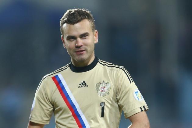 Он потратил свою всю карьеру в ЦСКА, выигрывая пять российских титулов Премьер-лиги. Футболист Игорь Акинфеев.