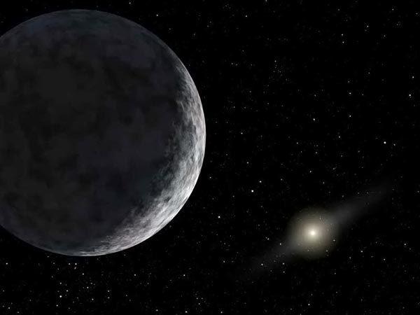Плутон — второе самое контрастное тело в Солнечной системе.
