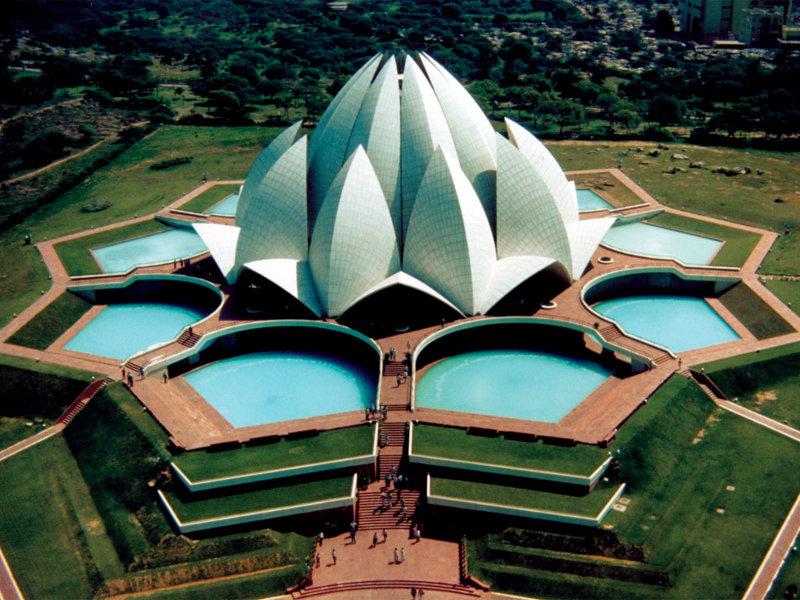 Индия. Храм Лотоса.