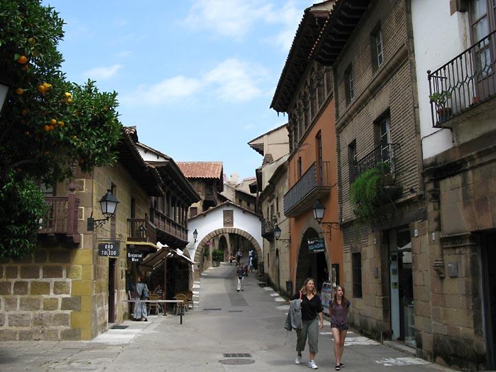 1122 Испания. Испанская деревня.