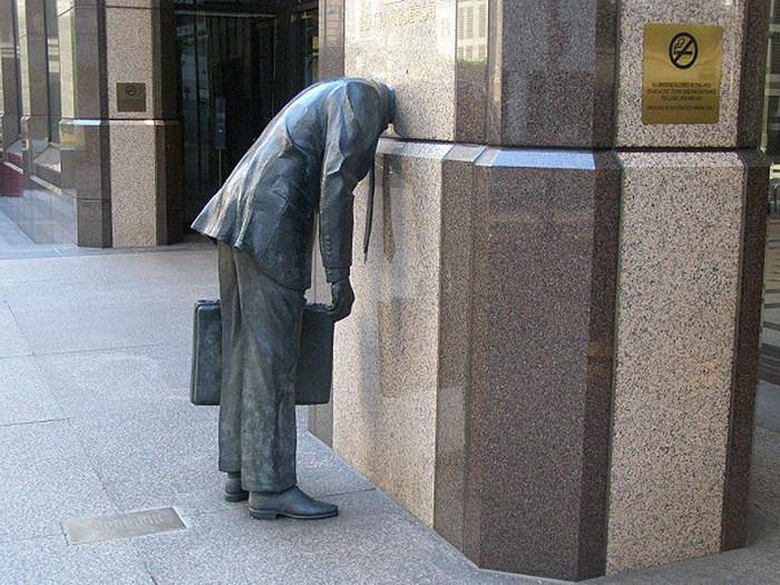 США. Памятник трудоголику