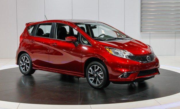 Nissan Altima 2014 года, Nissan Versa 2015 года, Nissan Sentra 2014 года.