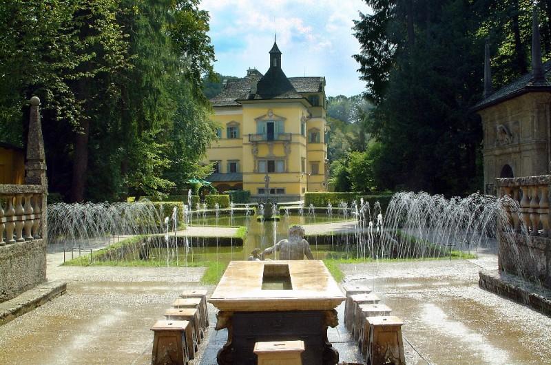 Австрия. Замок Хельбрунн.