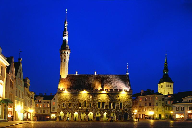 3344 Эстония. Таллинская ратуша.