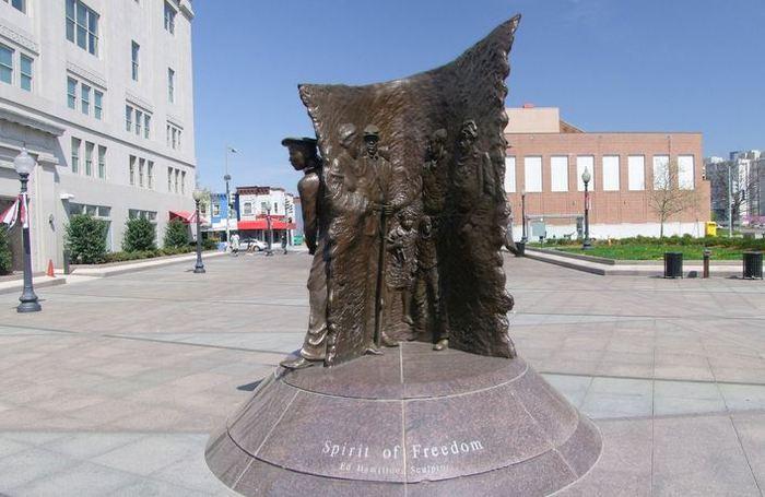 США. Мемориал афроамериканцам в Гражданской войне