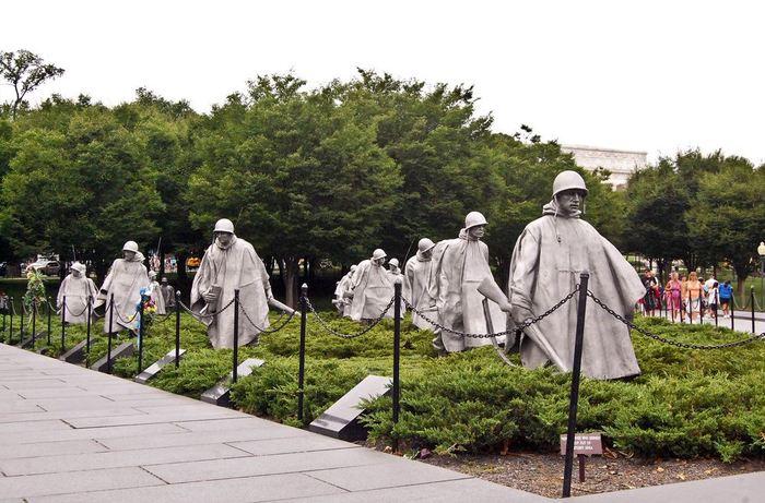 2431 США. Мемориал ветеранам Корейской войны