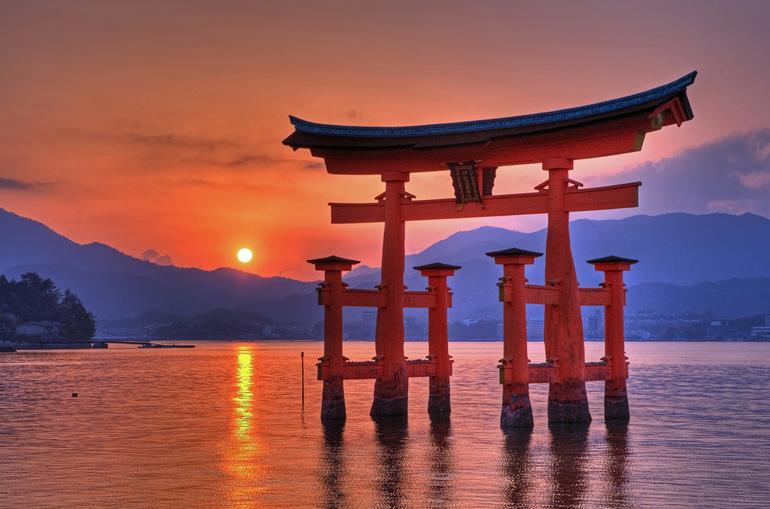 Японские ворота тории
