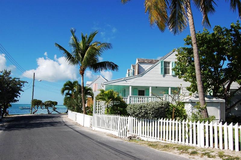 Багамские Острова. Спэниш-Уэллс