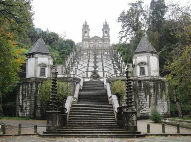 Португалия. Святилище Бон-Жезуш-ду-Монти.