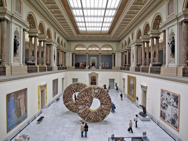 2483 Бельгия. Королевские музеи изящных искусств