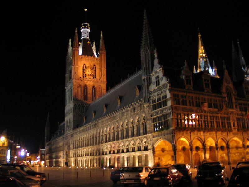 2493 Бельгия. Палата суконщиков Ипра.