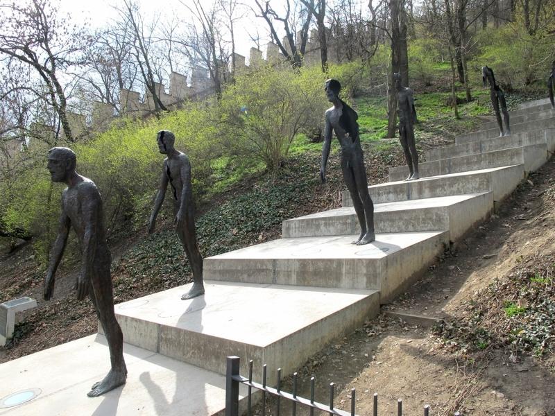 2718 Чехия. Мемориал жертвам коммунизма