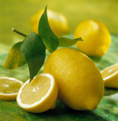 Что полезно кушать? Лимон.