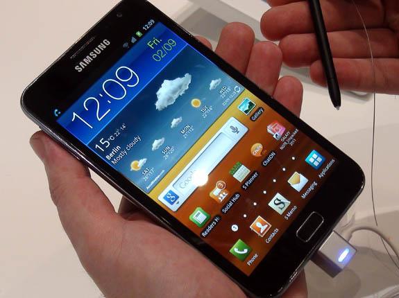Смартфон Galaxy S4. Жаркие покупки этого года.