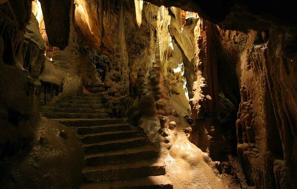 Сербия. Ресавская пещера.