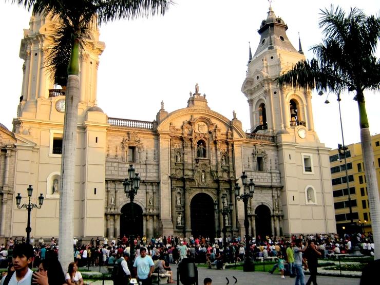 Перу. Кафедральный собор Лимы.