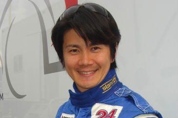 Гонщик Синдзи Накано — гонщик из Японии.