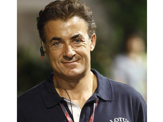 Джин Алези — французский гонщик итальянского происхождения.