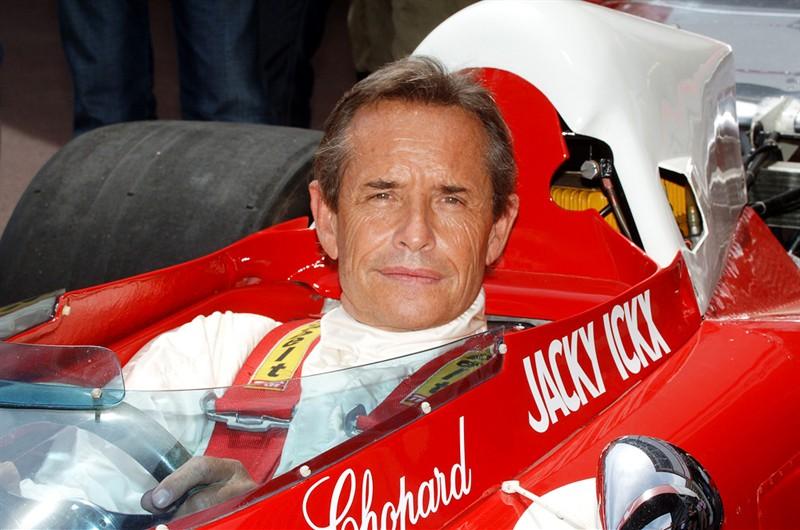 Гонщик Жак Бернар Джекки Икс, является бельгийским бывшим гонщиком, который выиграл очень престижные 24 часа Ле-Мана шесть раз.