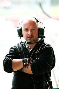 Майкл Гэскойн, является проектировщиком автомобилей Формулы Один.