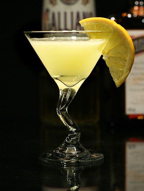 15163 Ромовые коктейли и их возникновение в наши дни