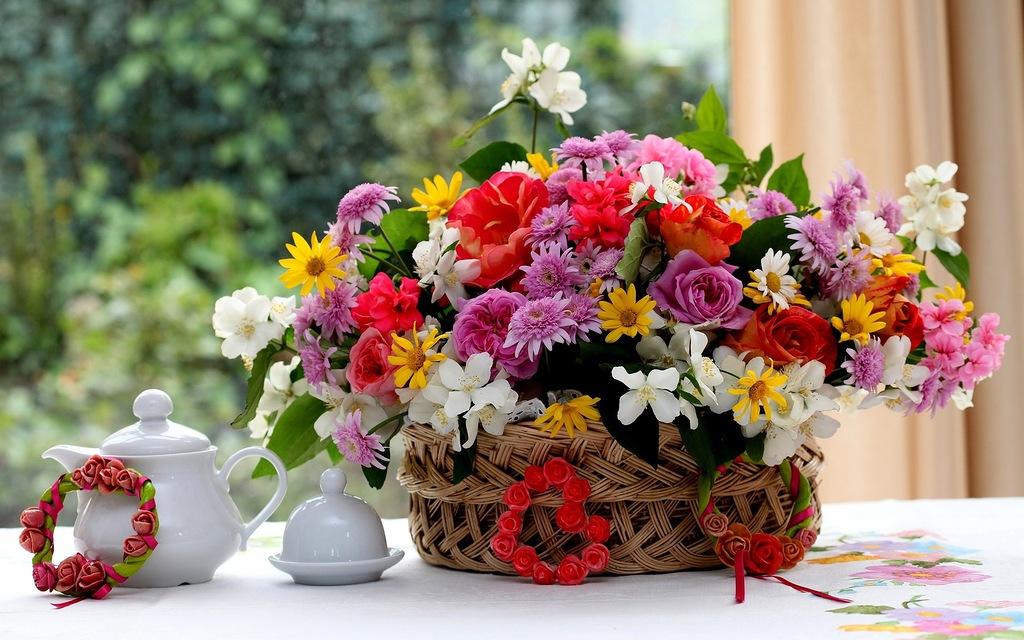 Чтобы срезанные цветы дольше оставались свежими