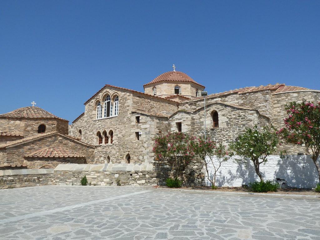 Церковь Богородицы Стовратной, Парос