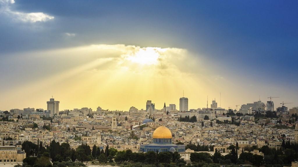 Под пальмами Иерусалима