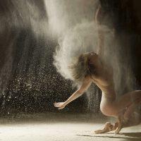 Женщина это тайна покрытая макияжем .......... фото - 14160 200x200