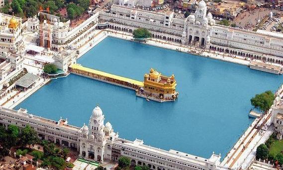 Золотой храм в Индии