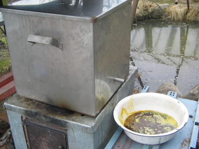 Самостоятельное изготовление паровой воскотопки