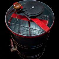 Электронная медогонка: возможности электродвигателя фото - 24125 200x200