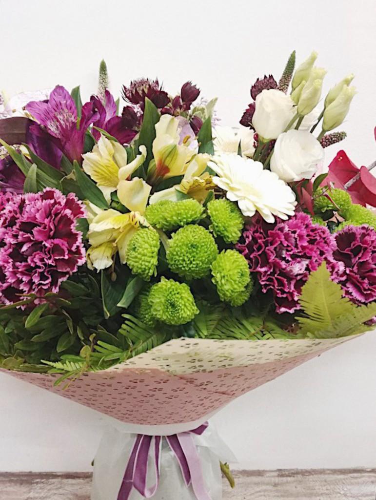 Свадебный букет цветов – символика цветов
