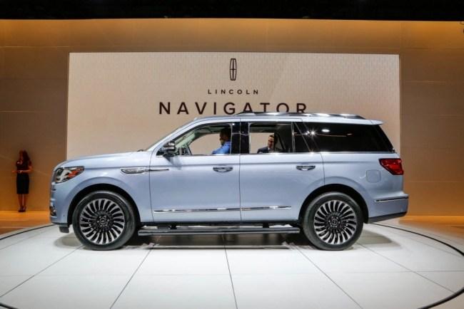 33657 Lincoln Navigator - автомобильная роскошь по-американски. Lincoln Navigator
