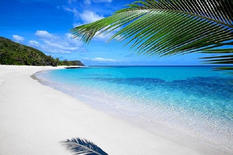 33897 Сверхъестественные пляжи, в существование которых трудно поверить