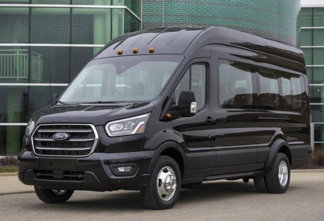 35294 Ford Transit: фургон на все случаи жизни. Ford Transit Kombi