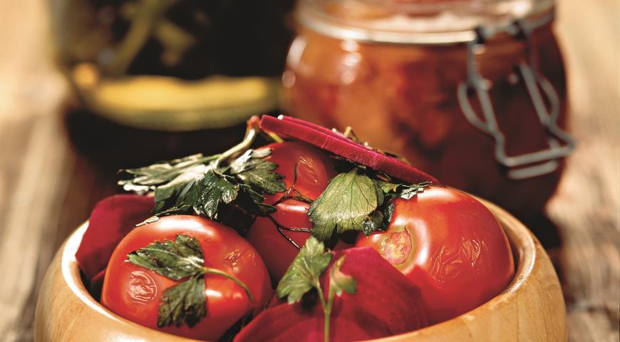 томаты маринованные со свеклой