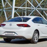 37199 Можно ли ездить экономно с 1.5 Turbo и механикой? Opel Insignia. Opel Insignia Grand Sport