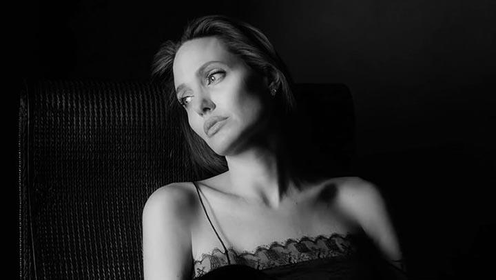 Сильные женщины не умоляют о любви, они уходят, когда чувствуют себя нежеланными