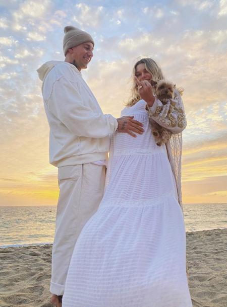 39415 Экс-возлюбленная мужа Даши Жуковой Ставроса Ниархоса объявила о помолвке