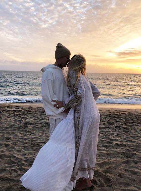 Экс-возлюбленная мужа Даши Жуковой Ставроса Ниархоса объявила о помолвке