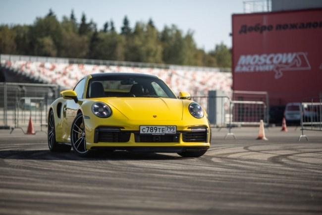 39792 Porsche 911 Turbo S: почему нет смысла покупать его для «понтов». Porsche 911 Turbo (992)
