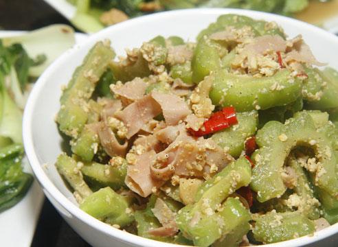 Полезные свойства момордики и вкусные рецепты